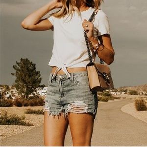 Tops - ERIN✨ ribbed crop top knotted hem white tee